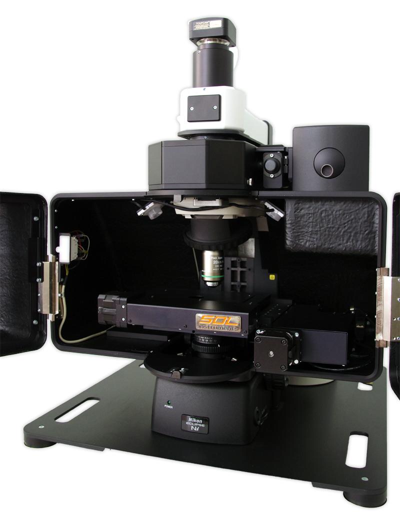 Микроскоп Confotec MR200 в открытом виде