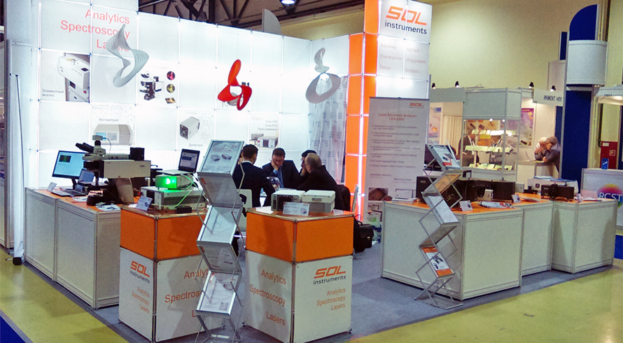 SOL instruments stand at Photonics 2017
